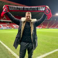 Charlton sign highly-rated striker